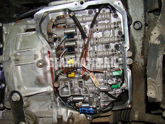 VW_TIGUAN_2.0_09G_2007_POSTAVILI